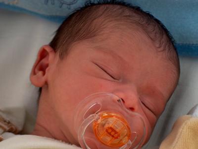 宝宝出生两天后