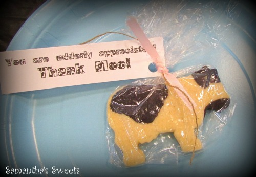 Cow Baby Shower Cookie Favor Ideas