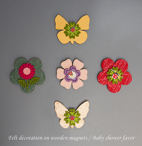 Felt Decoration on Wooden Magnets Baby Shower Favor