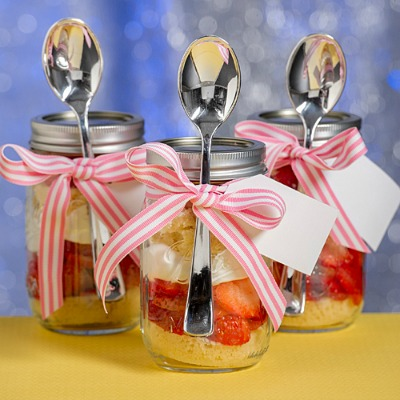 DIY Strawberry Shortcake in a Baby Shower Jar