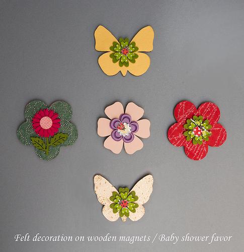 Felt Decoration on Wooden Magnets Baby Shower Favor