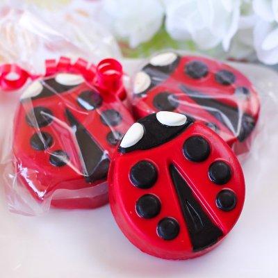 Ladybug Cover Oreo Cookies