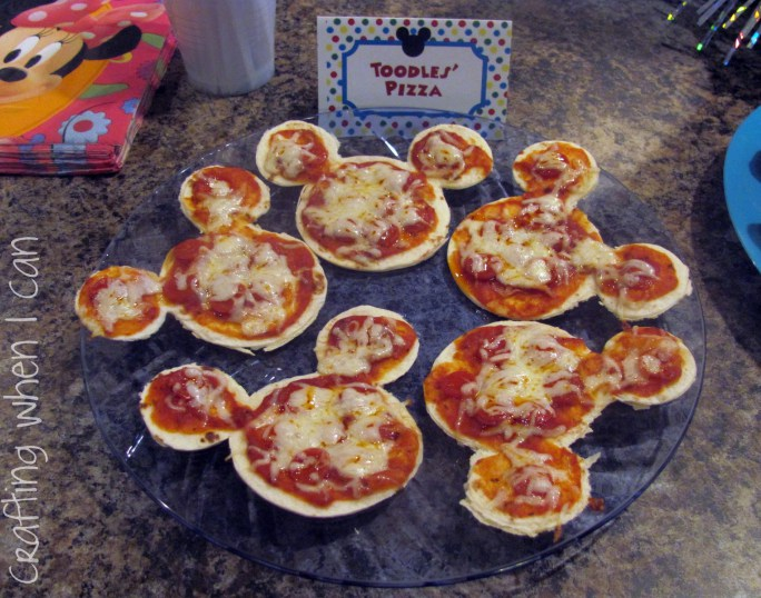 Mickey Mouse Mini Pizza
